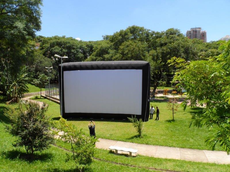 Tela de cinema inflável preço