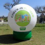 Bola gigante inflável