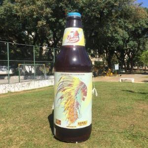 Lata cerveja inflável