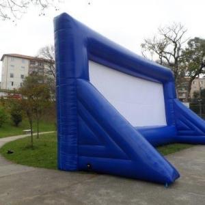 Tela de cinema inflável